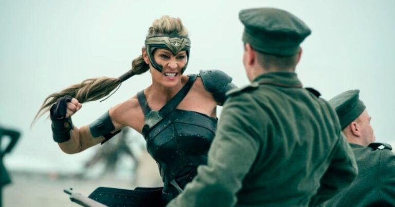 Wonder Woman - BookMyShow