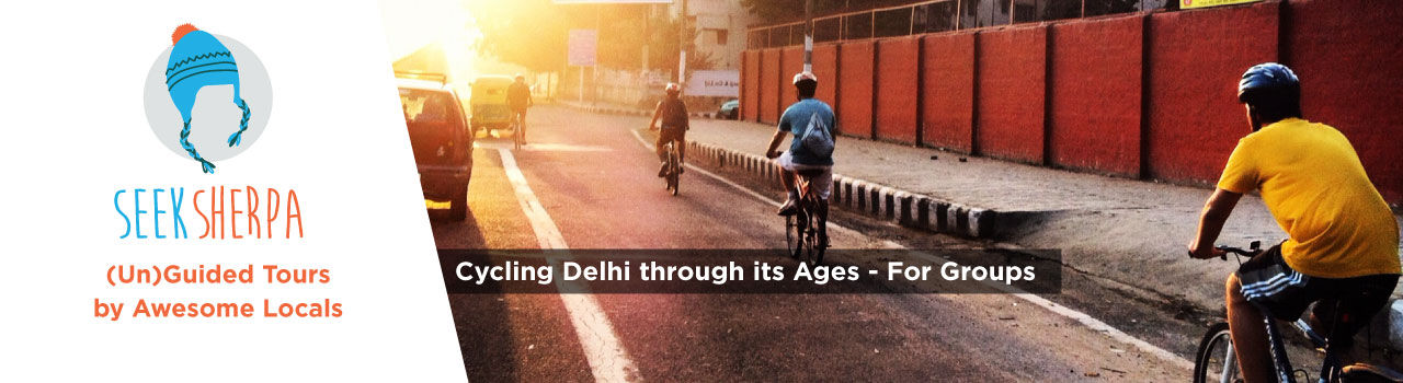 A Group Cycling Tour in Delhi in Green Park Metro Station: Delhi