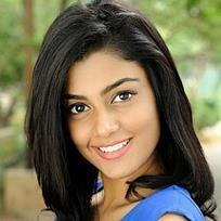 Anisha Ambrose Filmography Movies List From 2013 To 2019 Bookmyshow