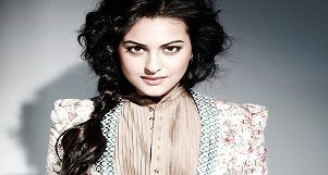 "Happy Birthday Sonakshi Sinha, the ""Boss Lady"" of Bollywood"