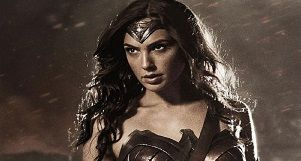wonder-woman-review-a-surreal-story-of-best-superhero-just-done-right